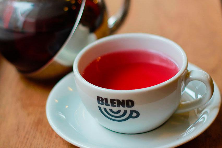 Blends of tea
